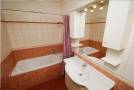 Magda Accommodation Services - 405 Bathroom